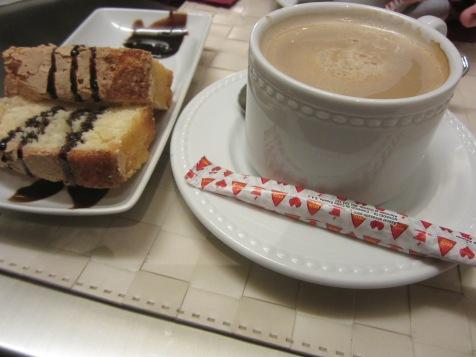 Café con Leche, a lot of sugar, and un poco bizcocho!
