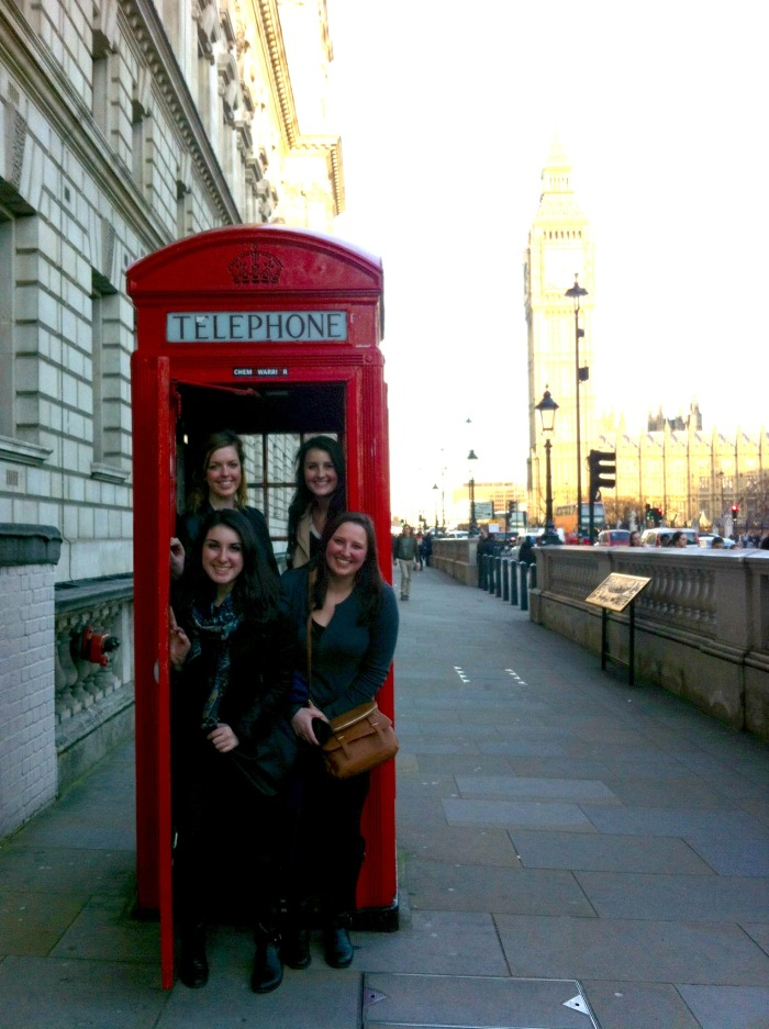 Caitlin, Renea, Me, and Ellen crammed into one of the famous telephone booths!